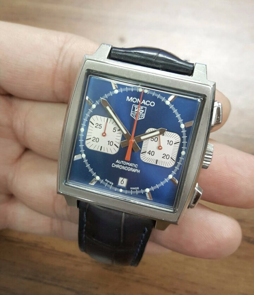 Tag heuer monaco blue steve mcqueen cw2113 0 swiss automatic chronograph watch ebay for Mcqueen watches