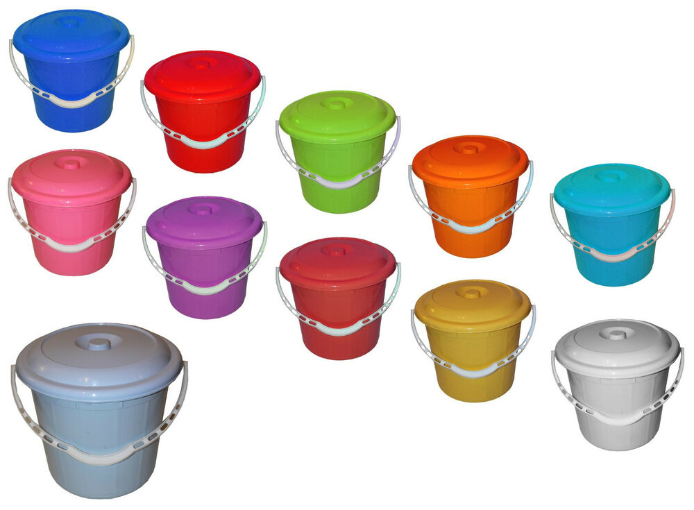 Small Large Plastic Bucket With Lid Pet Food Animal Feed