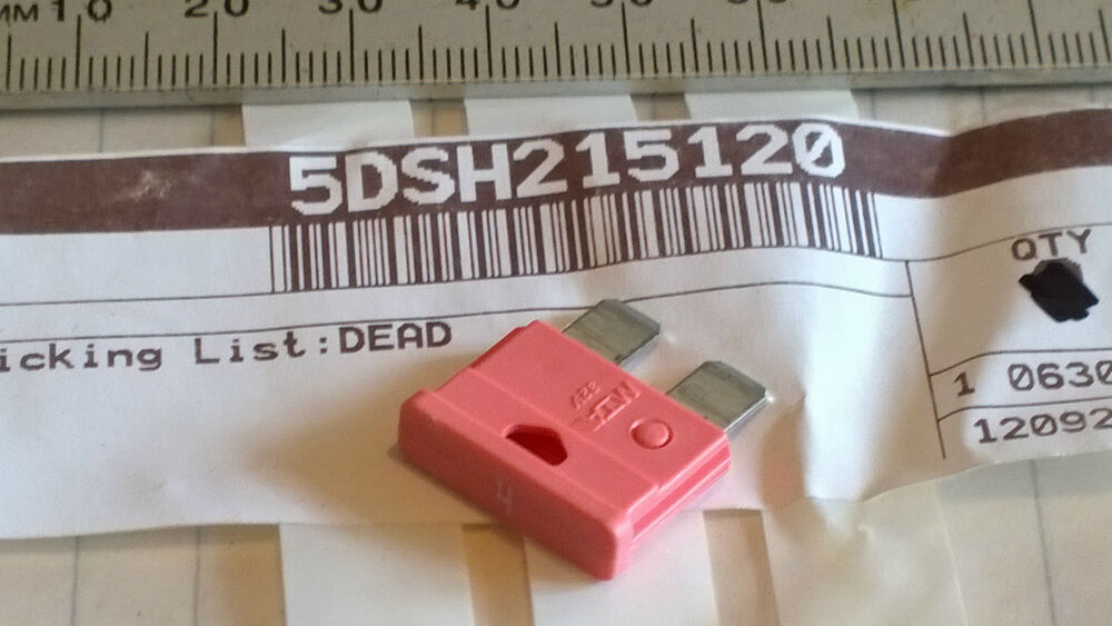 details about yp-125-e yamaha majesty scooter new genuine 4a fuse pink p/no  5ds-h2151-20