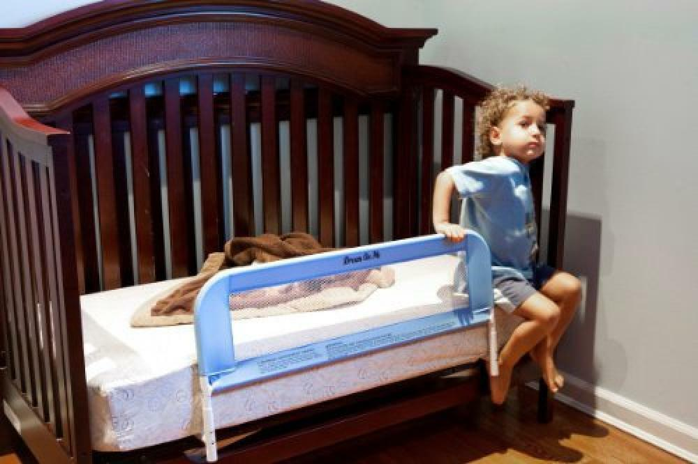 Dream On Me Mesh Security Crib Rail, Blue, New, Free ...