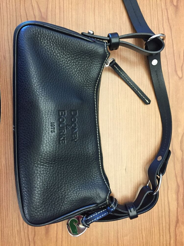 Small Dooney And Bourke 1975 Black Pebbled Leather Hobo Purse Handbag Ebay