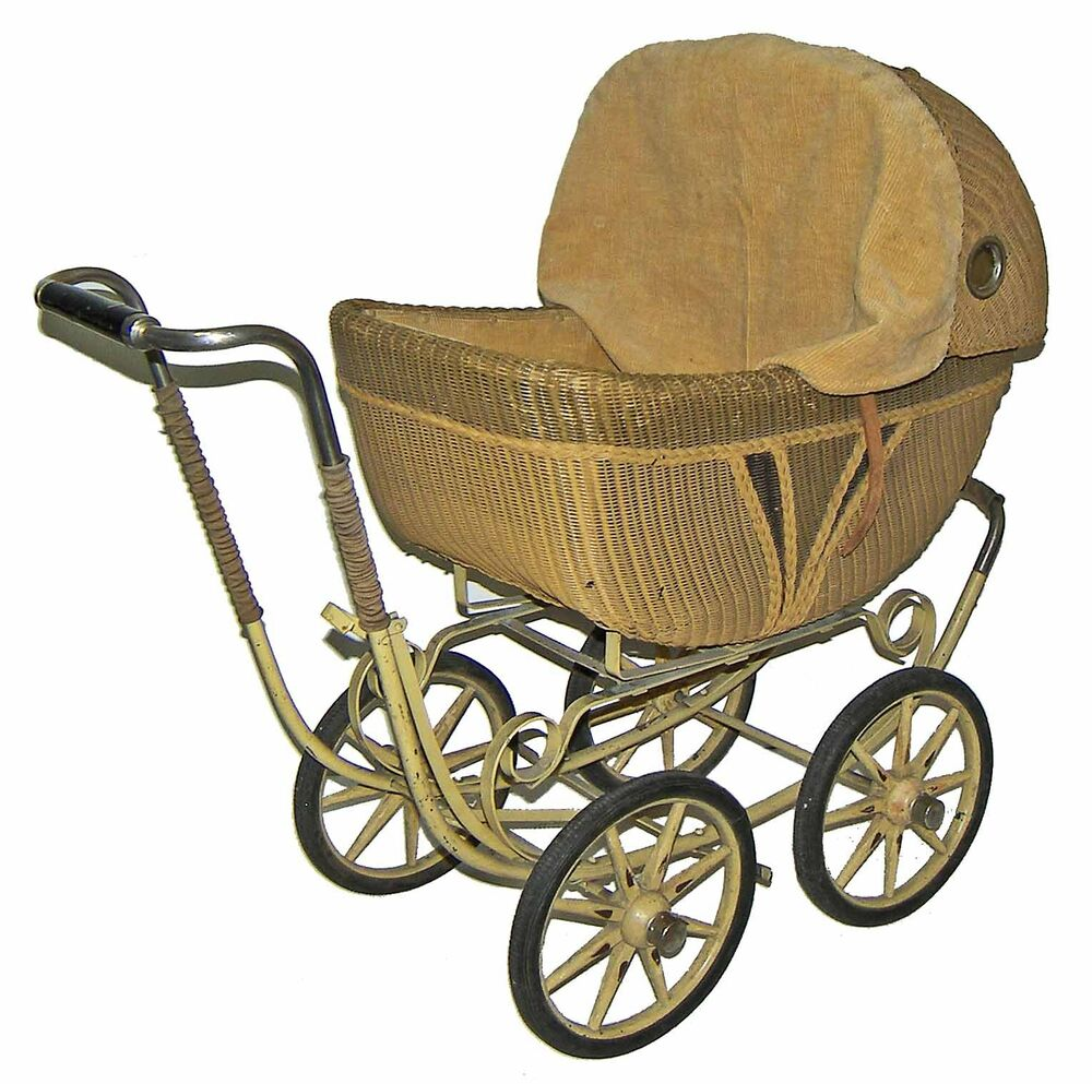 Vintage lloyd 39 s rattan wicker baby buggy british style for Carriage style