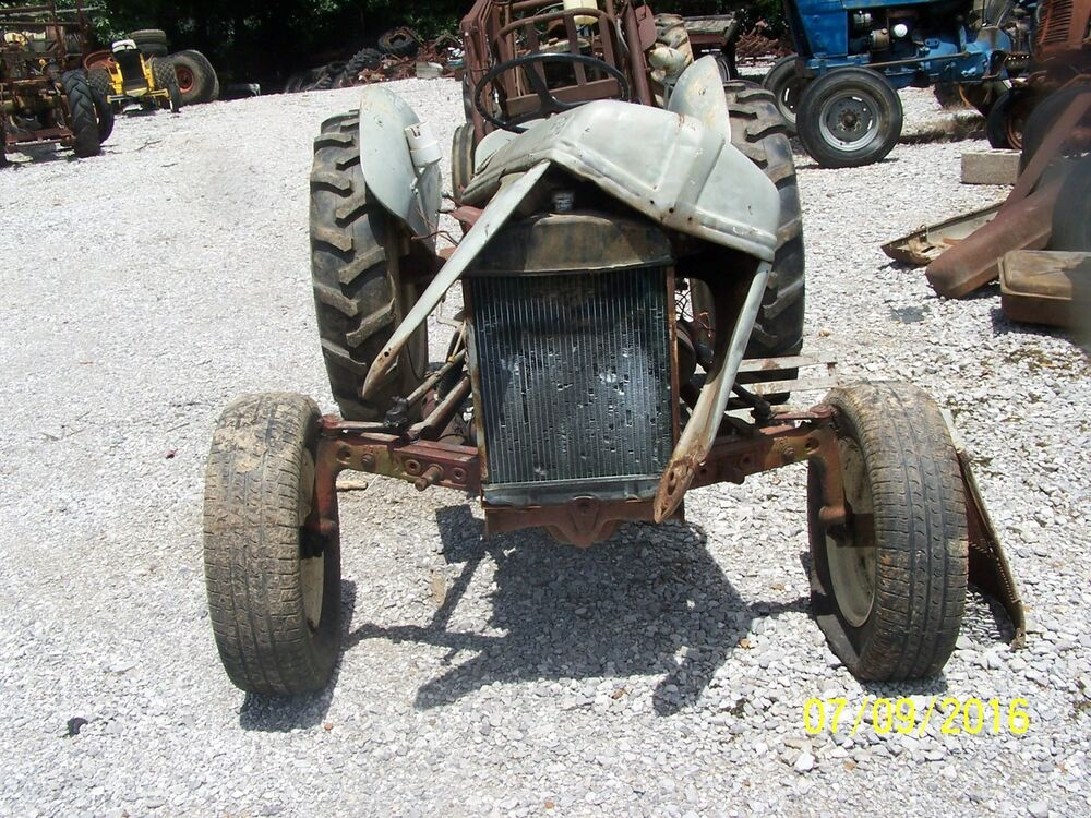 FORD 8N TRACTOR WITH SIDE MOUNT DISTRIBUTOR THINK