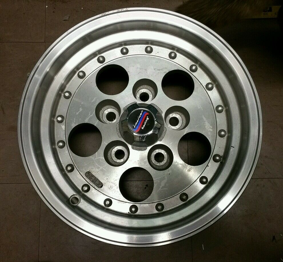 American Racing 14 X 7 Wheel 5 Lug With Center Cap Ebay