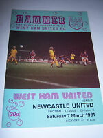 WEST HAM UNITED v NEWCASTLE UNITED 1980/81 - DIVISION 2 - FOOTBALL PROGRAMME