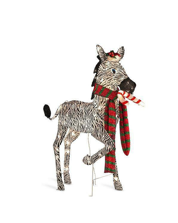 Christmas giraffe outdoor decoration for Christmas cat yard decorations
