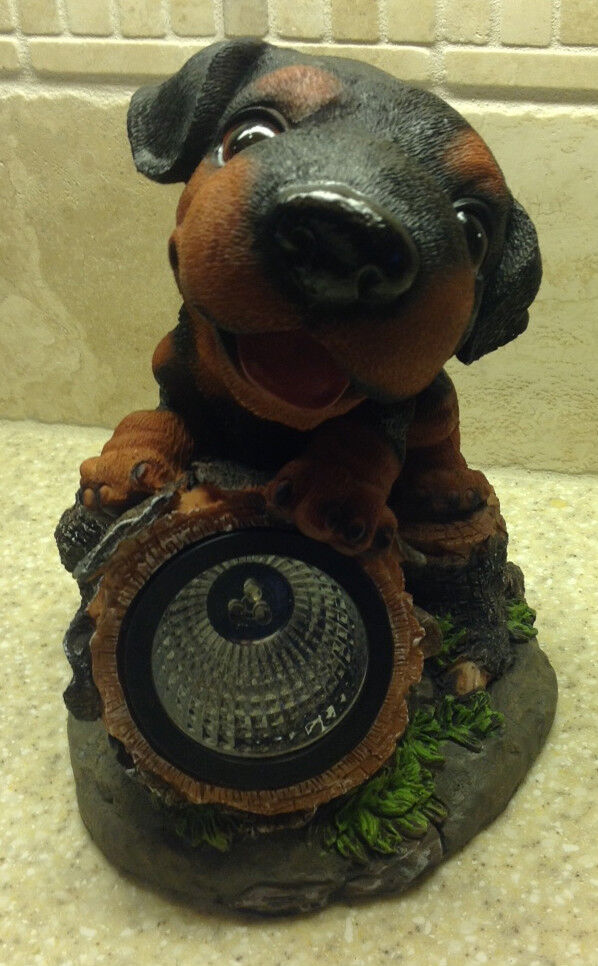 new rottweiler dog statue solar light garden yard statue. Black Bedroom Furniture Sets. Home Design Ideas