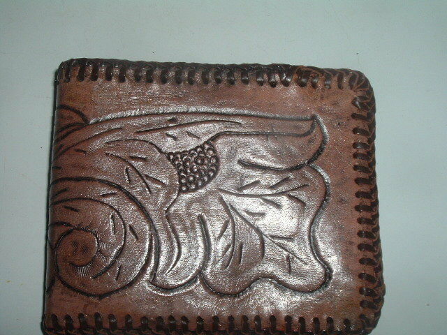 Vintage Mexican Hand Tooled Leather Mens Wallet In Gift