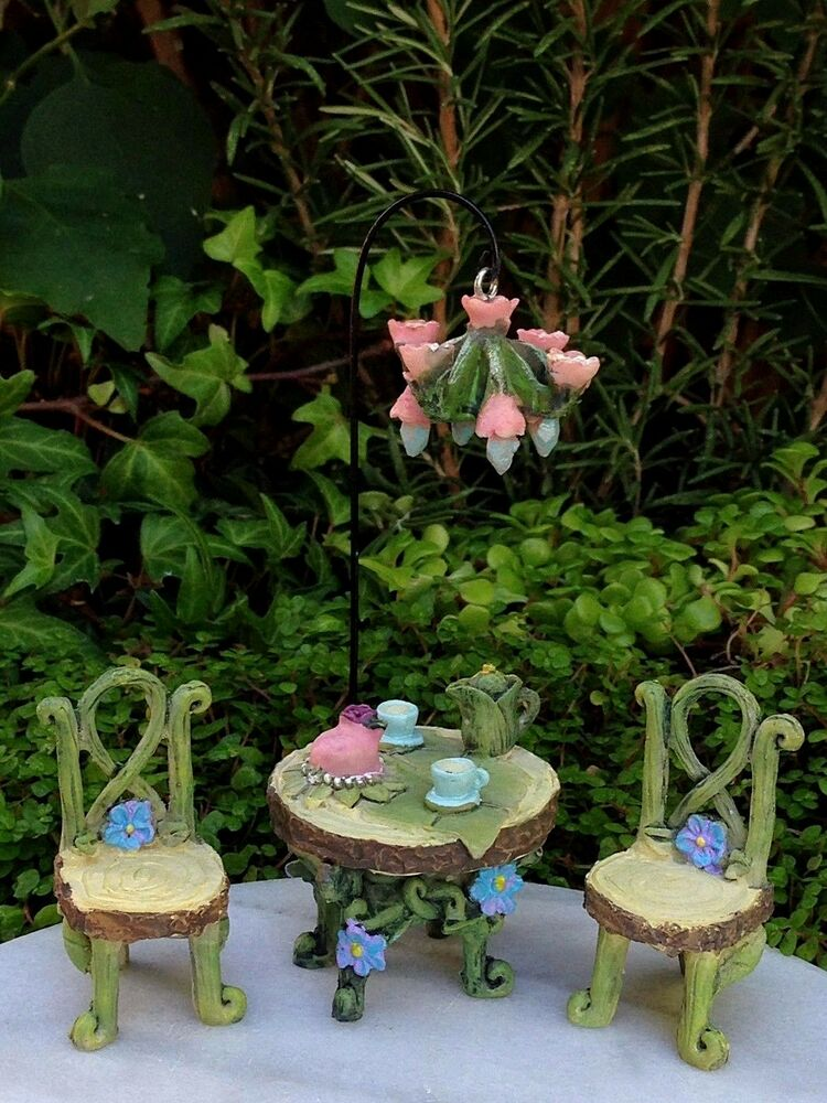 miniature dollhouse fairy garden fairytale set 4 table chairs chandelier pick ebay. Black Bedroom Furniture Sets. Home Design Ideas