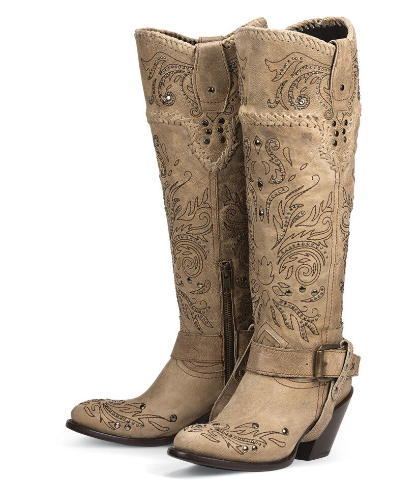 Summer 2018 fashion trends: cowboy boots 60