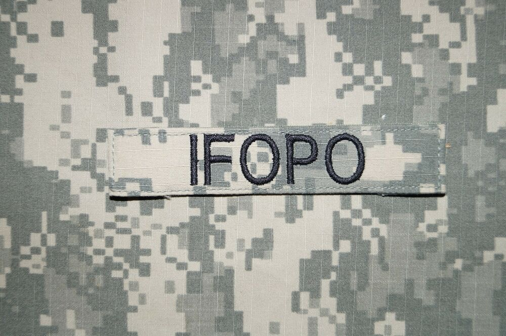 velcro ifopo name tape acu pattern military patch used authentic ebay. Black Bedroom Furniture Sets. Home Design Ideas