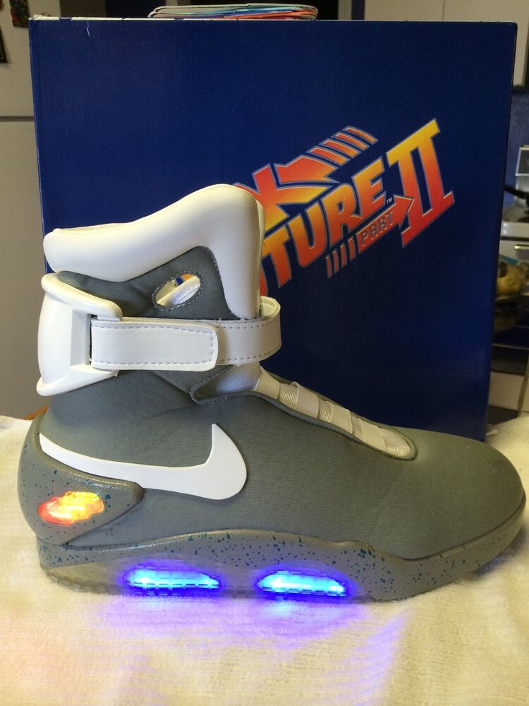 custom sz 11 light up back ii the future sneakers mcfly mag 2015 nike shoe air ebay. Black Bedroom Furniture Sets. Home Design Ideas
