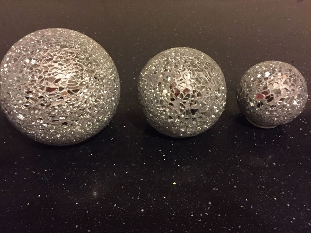 Set of decorative silver sparkling crackle glass mosaic