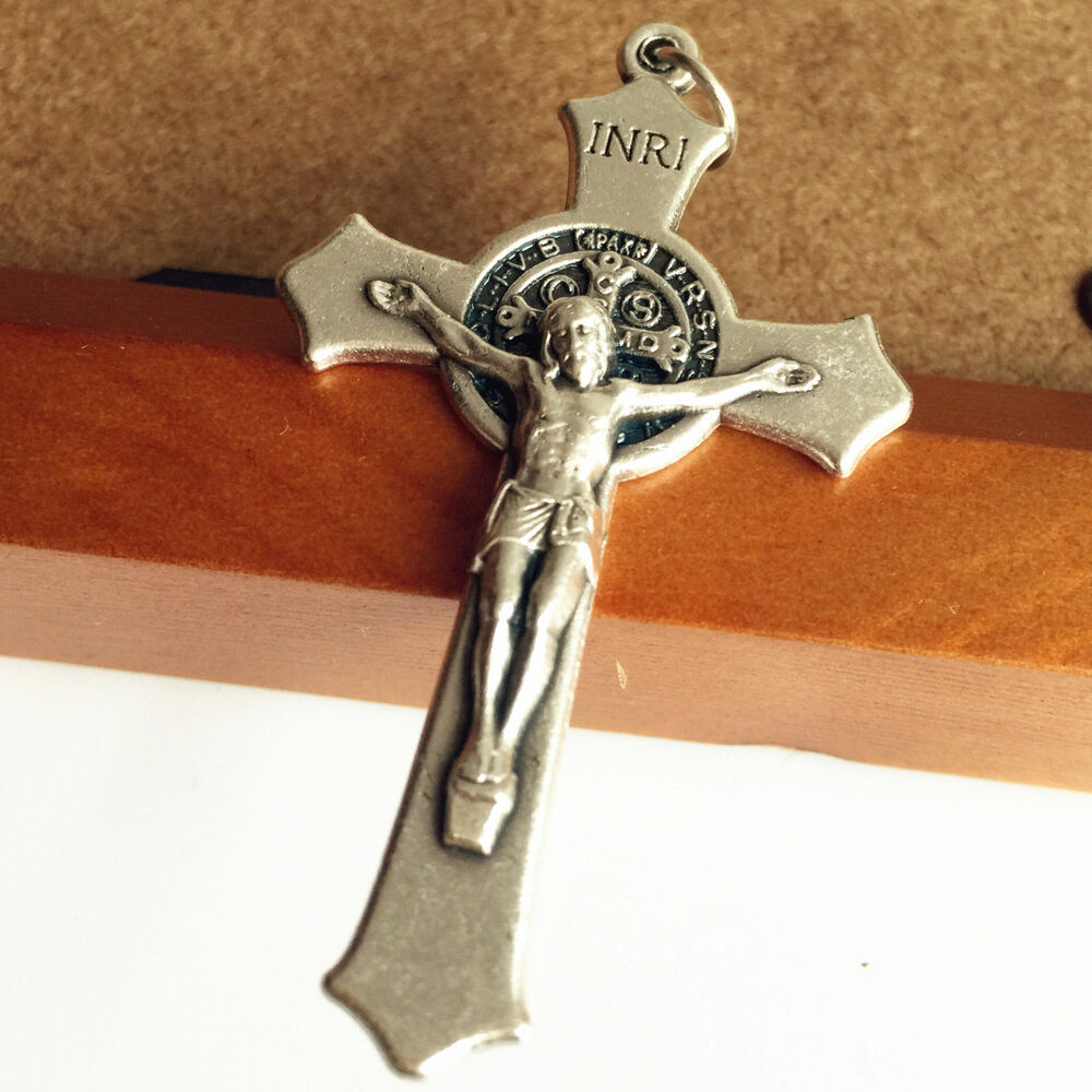 catholic singles in center cross Find a wide selection of cross & crucifix designs at zieglers discover catholic crucifixes, including san daminao crosses, for your home or church now.