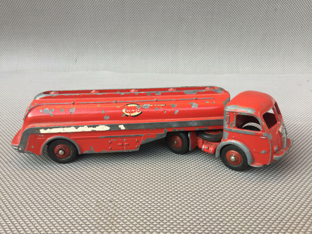 ancien camion citerne panhard esso miniature dinky toys antique toy ebay. Black Bedroom Furniture Sets. Home Design Ideas