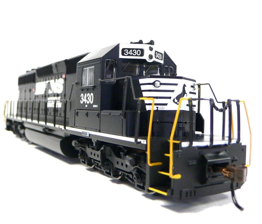 HO Scale Model Railroad Train Engine Norfolk Southern SD