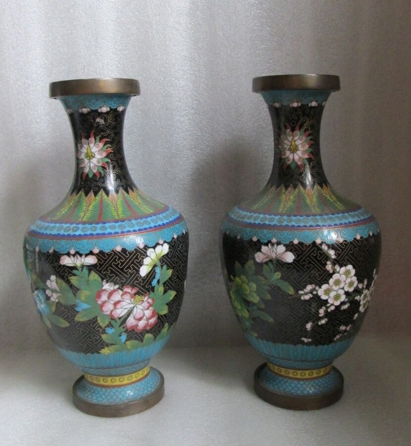 As Is Pair Home Decor Chinese Cloisonne Vases Black Tobacco Leaf Blossom Ebay