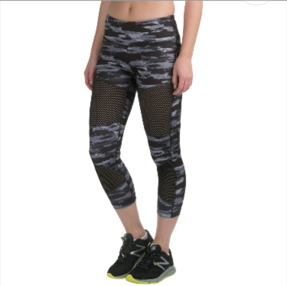 24dd69caea7b7 Details about NWT $78 90 Degrees By Reflex Women's Yoga Active Capri  Leggings Camo XS S M