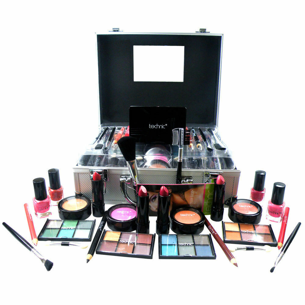 technic beauty make up set vanity case cosmetics collection carry box gift new ebay. Black Bedroom Furniture Sets. Home Design Ideas