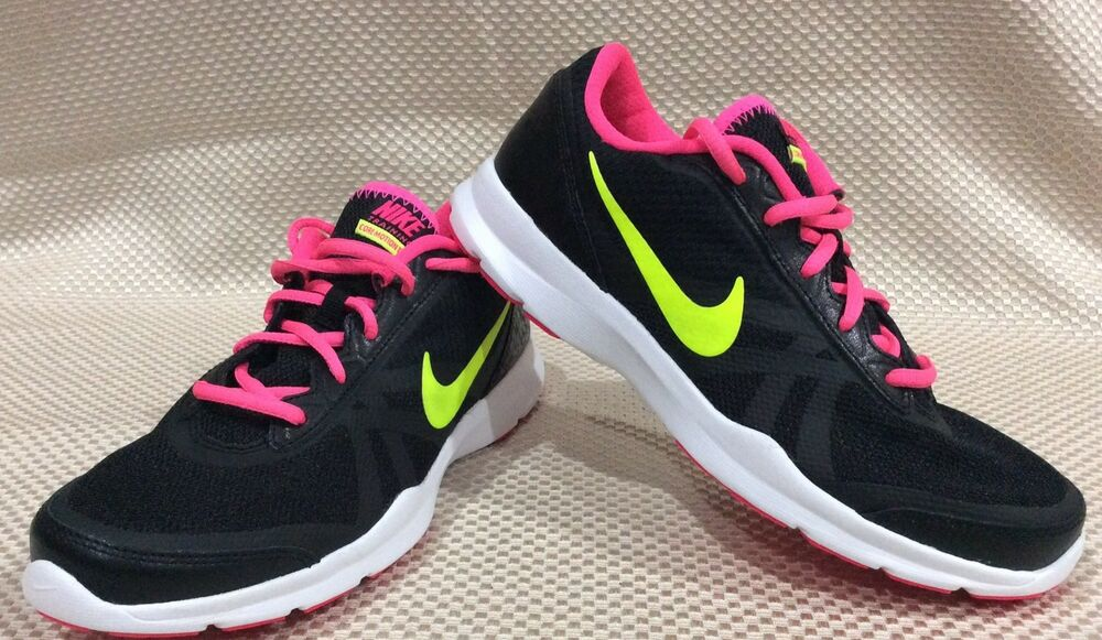NIKE CORE MOTION TR 2 MESH shoes for women NEW & AUTHENTIC US size 8.5
