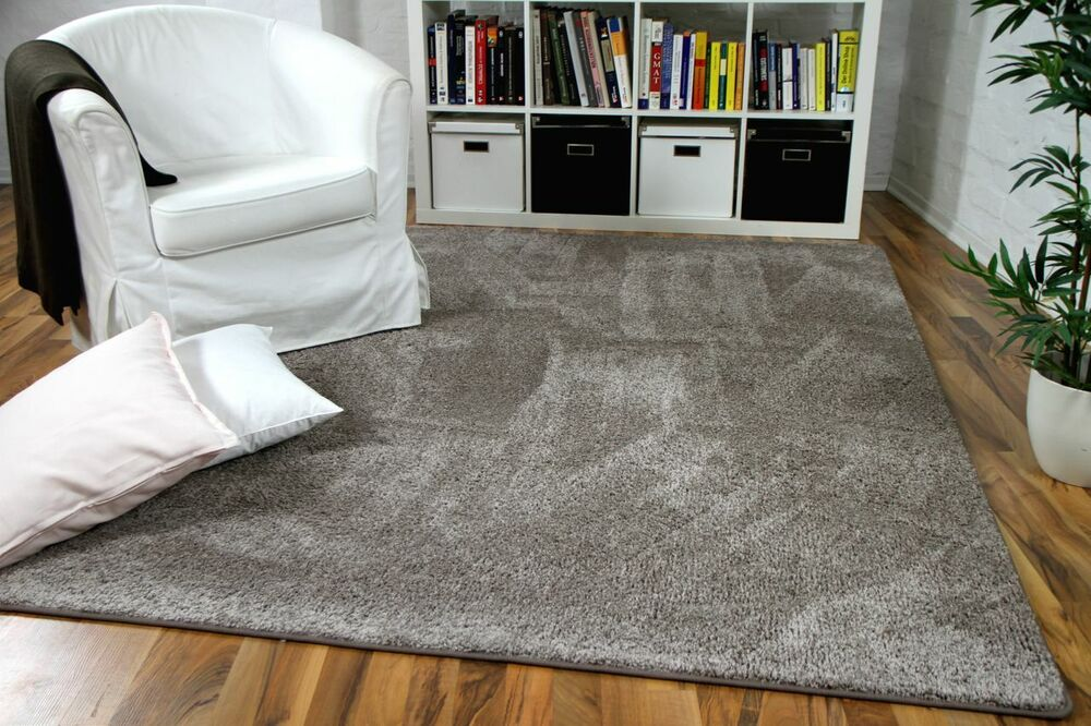 hochflor velours teppich mona taupe ebay. Black Bedroom Furniture Sets. Home Design Ideas