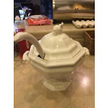 Red Cliff Old Ironstone Soup Tourine