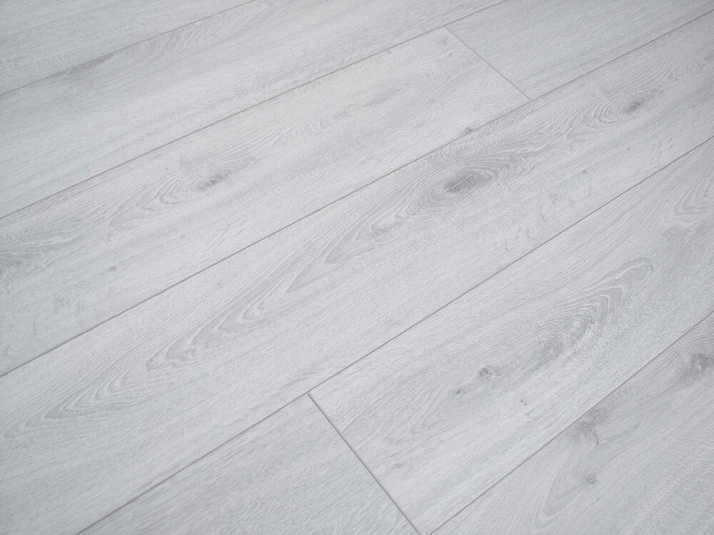 Pallet Deal Prestige Light Grey 10mm 4v Groove Laminate