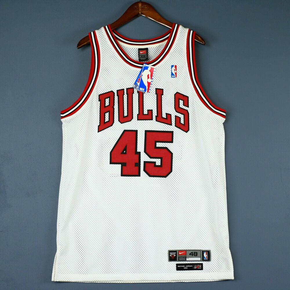 1fa639eb0848 100% Authentic Michael Jordan Bulls Nike  45 NBA Jersey Mens Size 48 ...