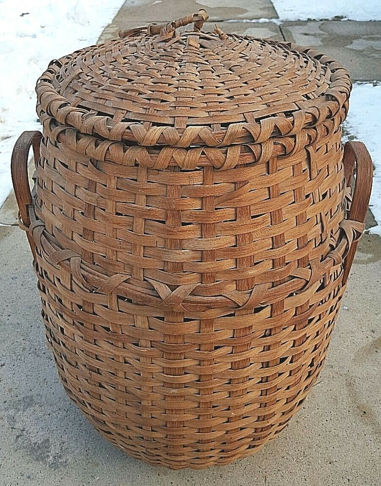 antique tall round woven wood splint large wicker basket w lid handles ebay. Black Bedroom Furniture Sets. Home Design Ideas