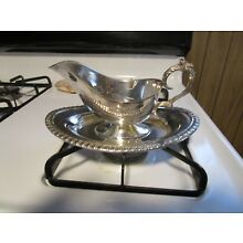 ELEGANT+Vintage Silver Plated Gravy Boat / Sauce Bowl With Attached Underplate!!