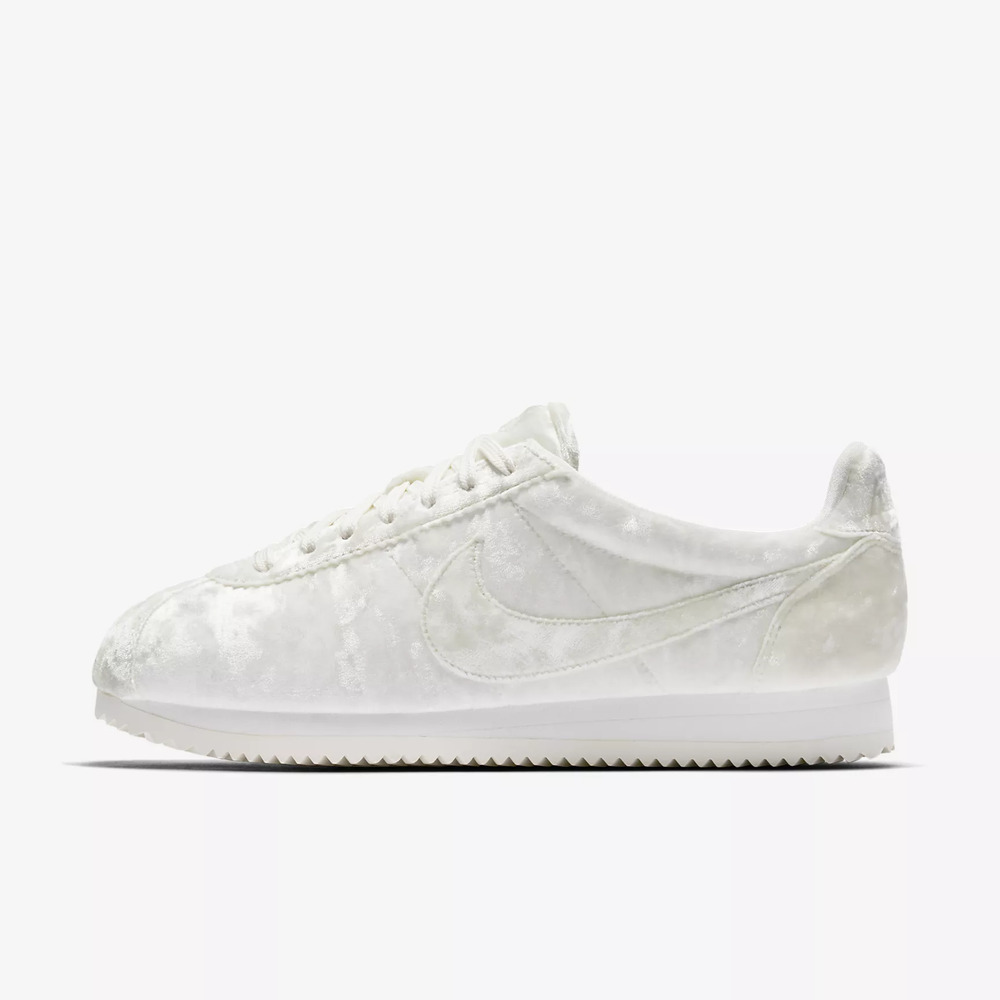 new arrival 081cc 2eaa9 Details about NIKE CLASSIC CORTEZ VELVET - SAIL / SUMMIT WHITE - AA3255 100  - UK 5, 7.5
