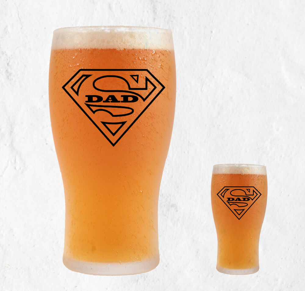 Happy Fathers Day Super Man Dad Badge Beer Pint Glass Vinyl Sticker