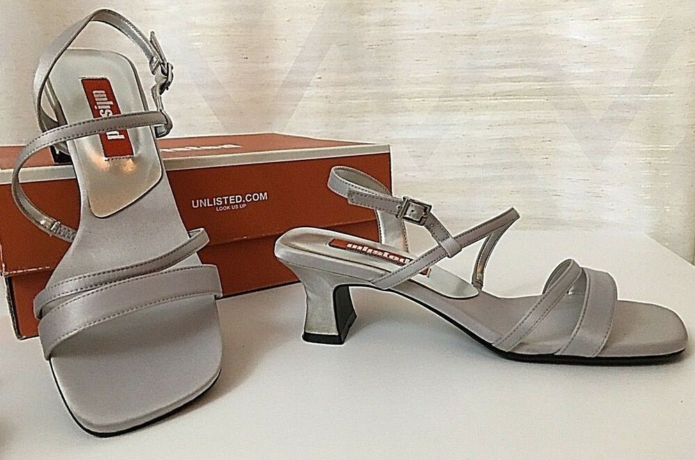a7cf4897571 Details about New Women s 7.5 UNLISTED Strappy Sandals Silver Satin Low  Kitten Heels Shoes NIB