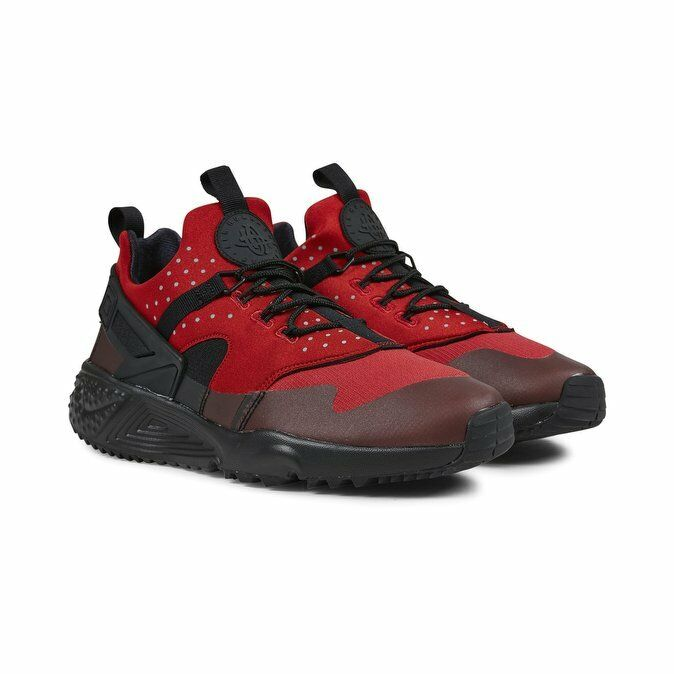 quality design 40287 940fa Details about NIKE AIR HUARACHE UTILITY TRAINERS, UK10.5, GYM RED BLACK,  806807600, RARE