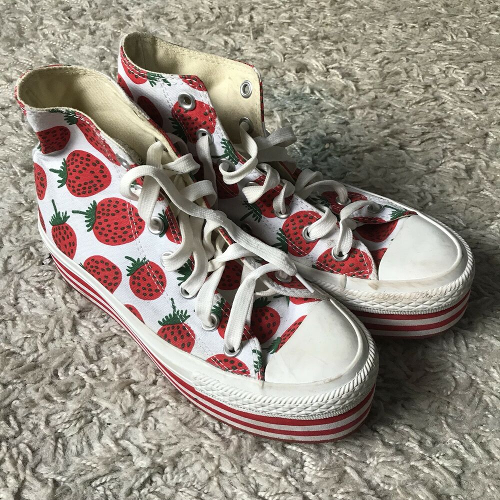 a0bd974077f Details about Strawberry High Top Platform Converse Trainers Size 5