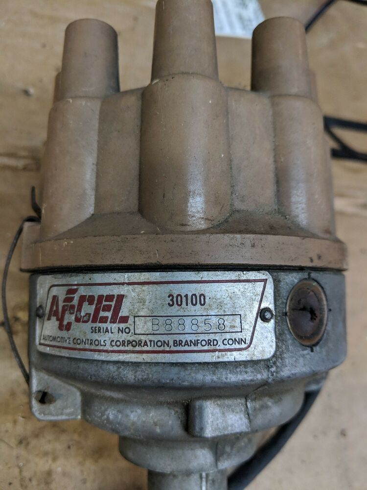 vintage accel 30100 chevy dual point distributor used. Black Bedroom Furniture Sets. Home Design Ideas