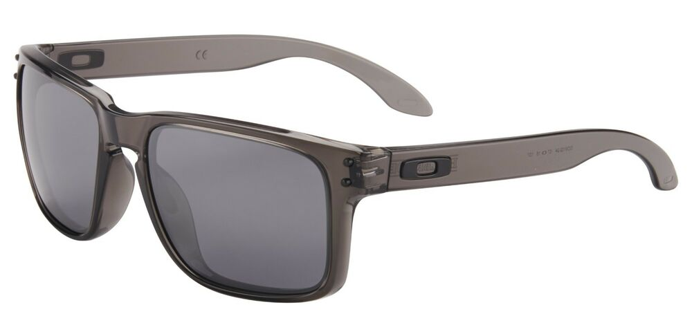 3d8316f3087 Details about Oakley Holbrook Sunglasses OO9102-24 Grey Smoke