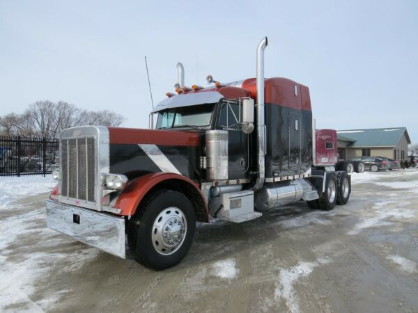 1999 Peterbilt 379 Exhd / 3406B / Cat 15 Speed / 15 Speed