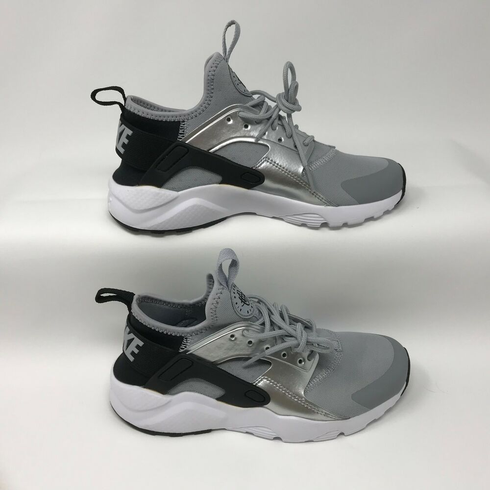 362bb7c9f5c6 Details about Nike 847568-009 Youth Air Huarache Run Ultra Shoes Black Wolf  Grey Size 4