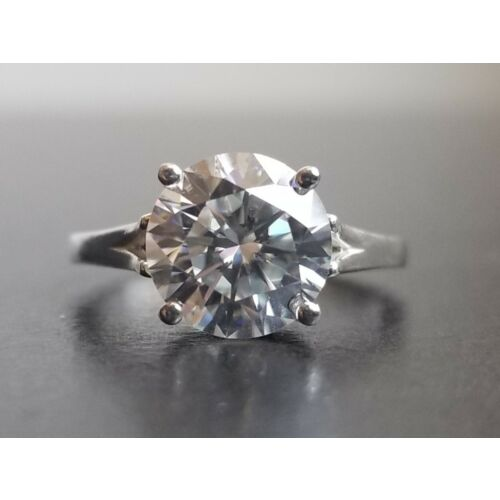 400-carat-moissanite-forever-classic-solitaire-ring-charles-colvard-