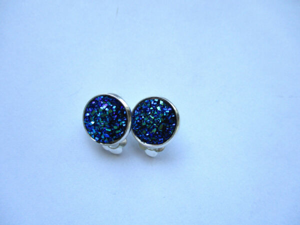 SILVER SPARKLING DRUZY RESIN PEACOCK BLUE ROUND CLIP ON EARRINGS 12MM