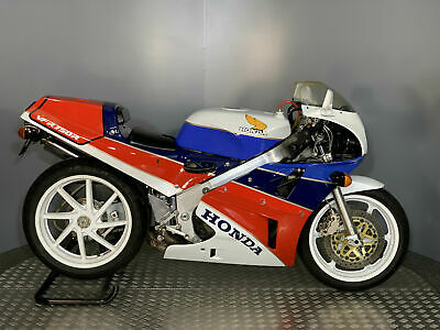 Honda VFR 750 RC30 1988 with only 6985 KM - Rare Classic Investment Bike