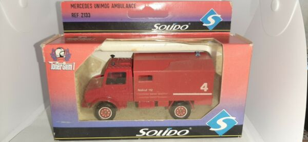 MERCEDES UNIMOG AMBULANCE REF.2133 SOLIDO SCALA 1:43