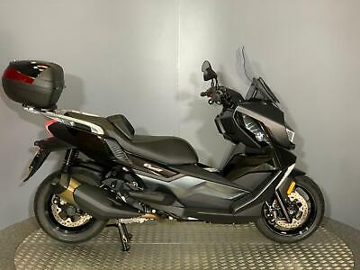 BMW C 400 GT Scooter 2019 with only 1231 miles + Top box