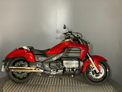 Honda GL 1800 F6C Valkyrie 2015 65 plate with 2335 miles