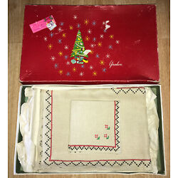 Kyпить Vtg Christmas Gift Younkers Department Store Tablecloth & Napkin Set New Unused на еВаy.соm
