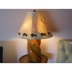 Kyпить Vintage Hand-Carved Pine Lamp with Rawhide Buffalo Painted Shade на еВаy.соm