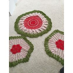 Kyпить Christmas Hand Crochet Doily Green Red Tan 15