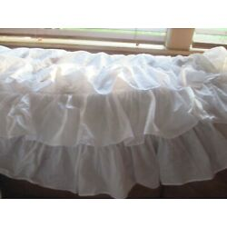 Kyпить POTTERY BARN KIDS RUFFLED BEDSKIRT WHITE FULL 18