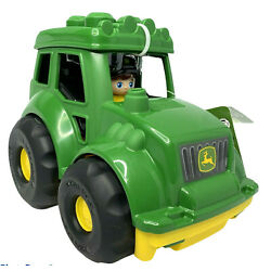 Kyпить Mega Bloks John Deere Lil' Tractor with 1-Block Buddy Figure - NWT - 6 Pieces на еВаy.соm